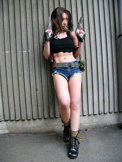 Revy Chillin' | Black Lagoon Cosplay